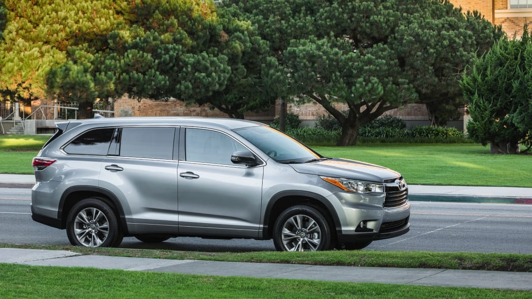 Best 3-Row SUV For Families: Toyota Highlander