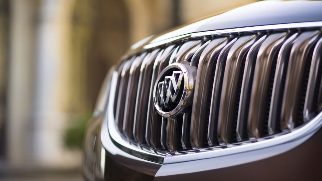 buick enclave tuscan edition grille
