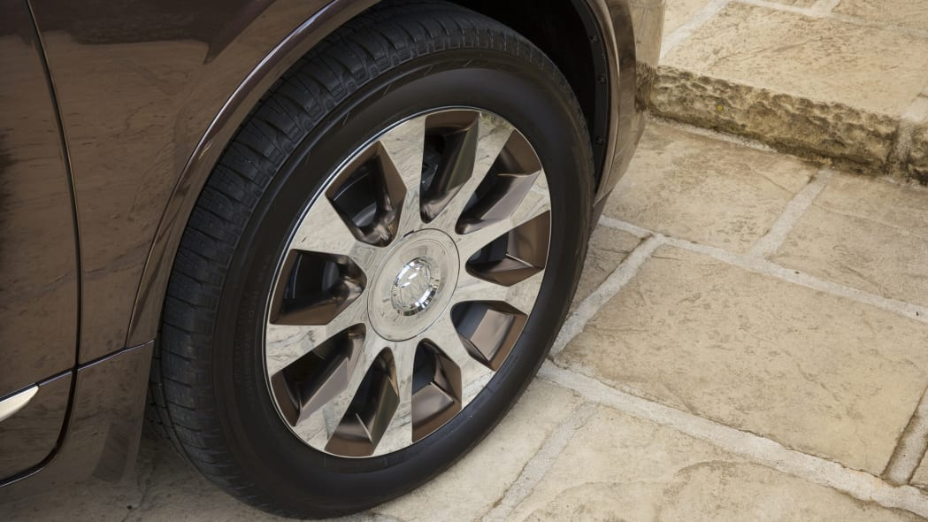 buick enclave tuscan edition wheels