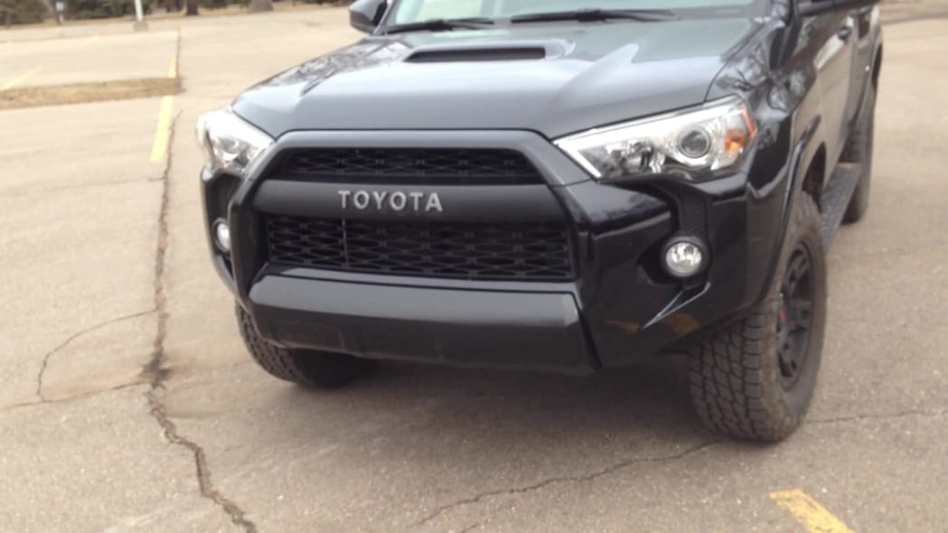 2015 Toyota 4Runner TRD Pro Features | Autoblog Short Cuts