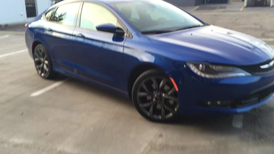2015 Chrysler 200S Wheels | Autoblog Short Cuts