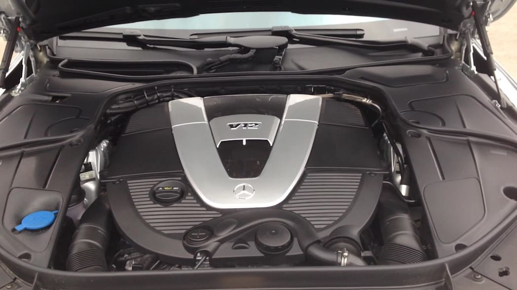 2016 Mercedes-Maybach S600 V12 Engine | Autoblog Short Cuts
