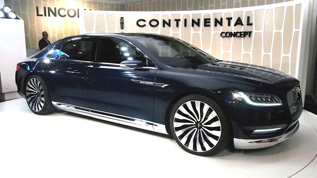 Lincoln Continental Concept front view