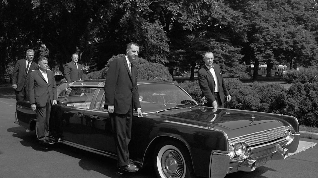 1961 Lincoln Continental Presidential Limousine secret service