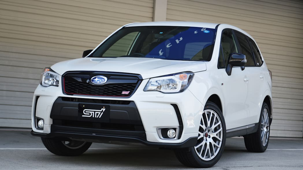 2016 Subaru Forester tS white front