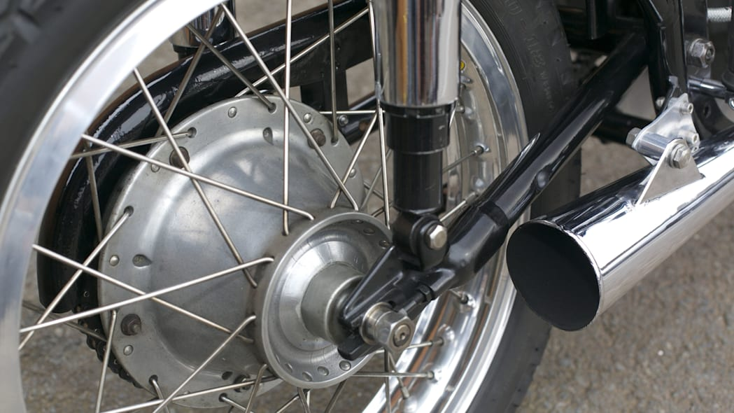 triton cafe racer exhaust