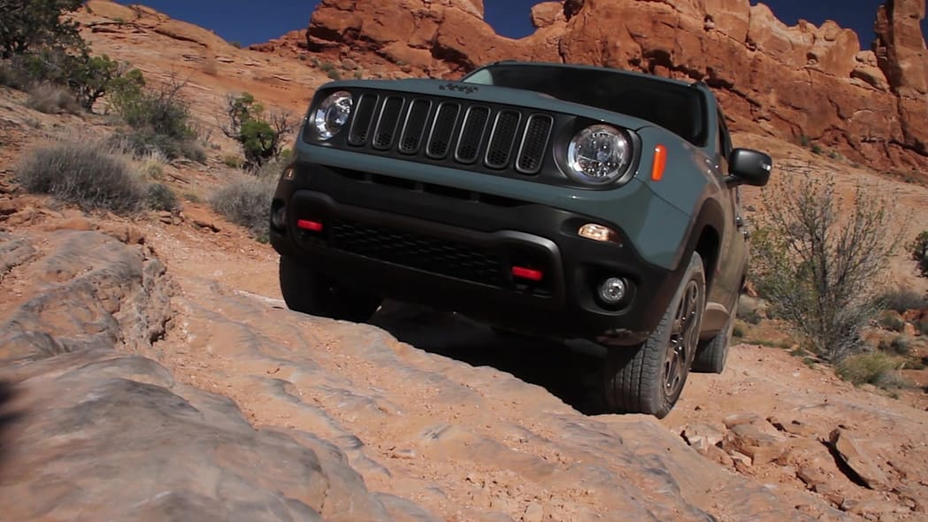 2015 Jeep Renegade Trailhawk Off Road in Moab, UT   Autoblog Short Cuts