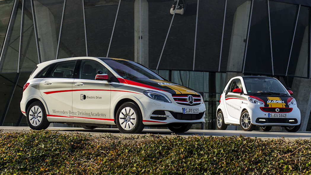 Mercedes-Benz B-Class Electric Drive and smart fortwo electric drive EVs