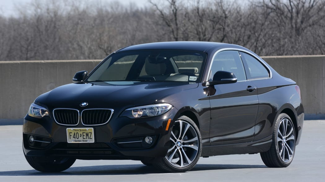 2012 BMW 228i XDrive front 3/4 view