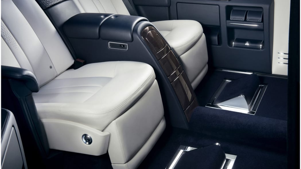 rolls royce phantom limelight collection reclining seats down with footrest