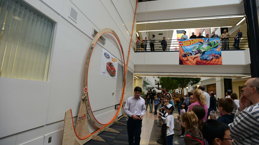 world's largest hot wheels loop bottom
