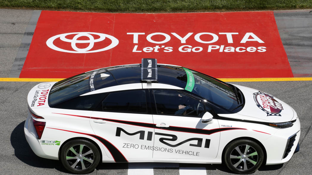 toyota mirai pace car for toyota owners 400