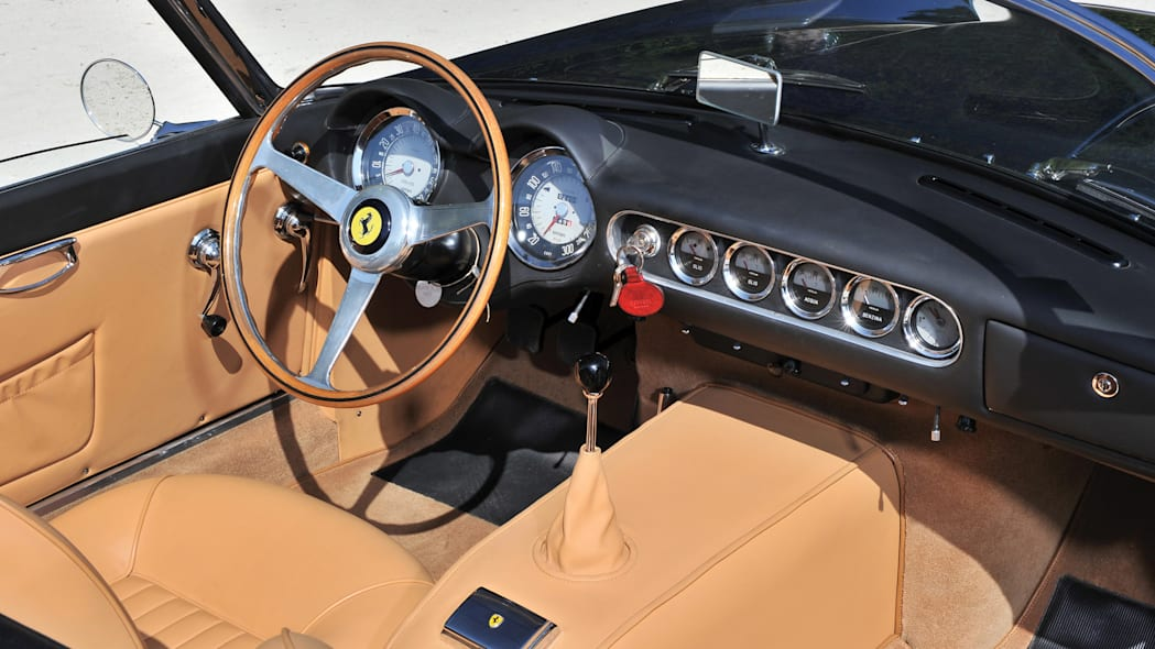 Ferrari 250 GT SWB California Spider dashboard