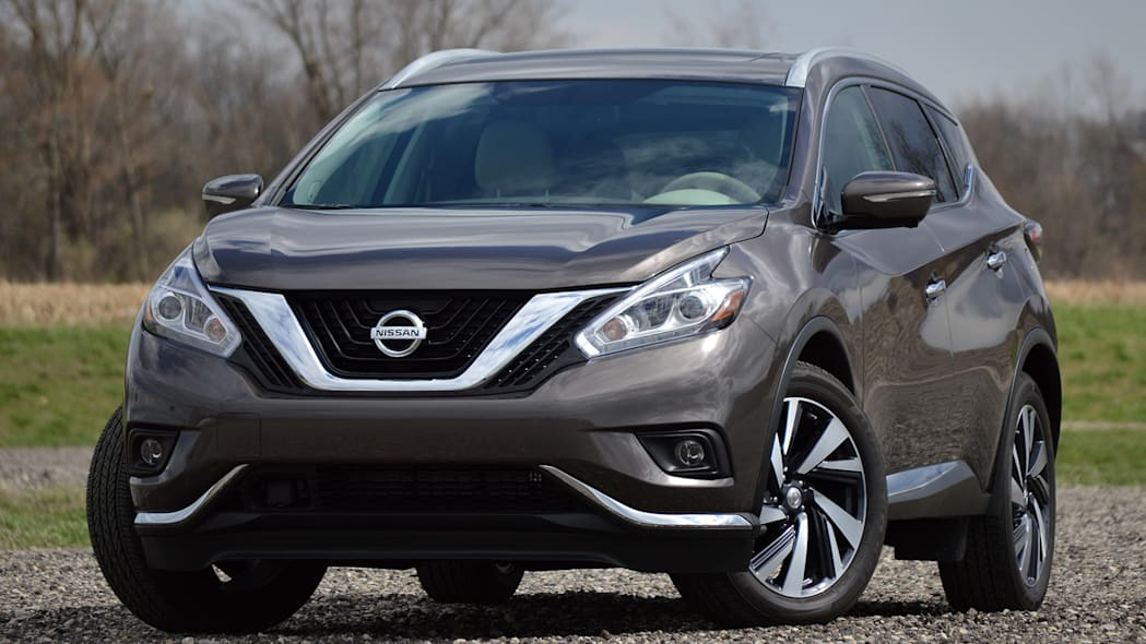 2015 Nissan Murano front 3/4 view