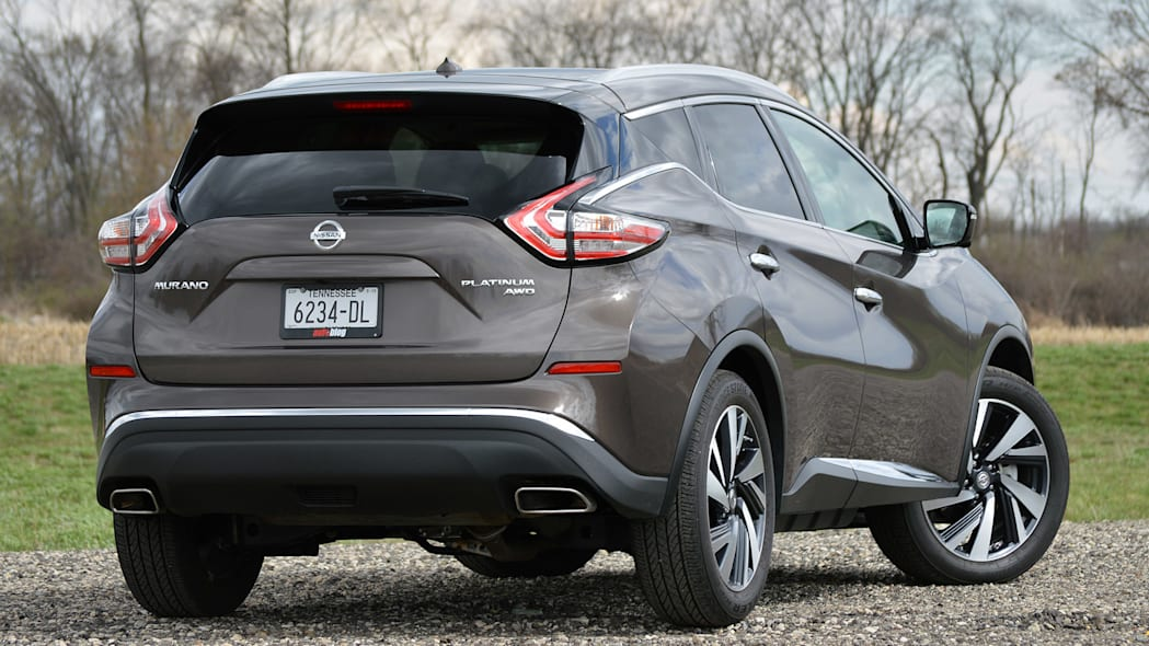 2015 Nissan Murano rear 3/4 view