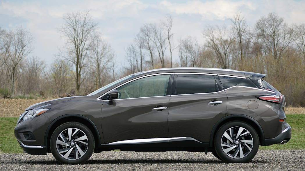 2015 Nissan Murano side view