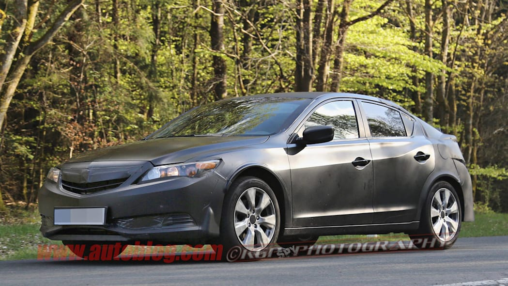 black honda civic five-door spy shots