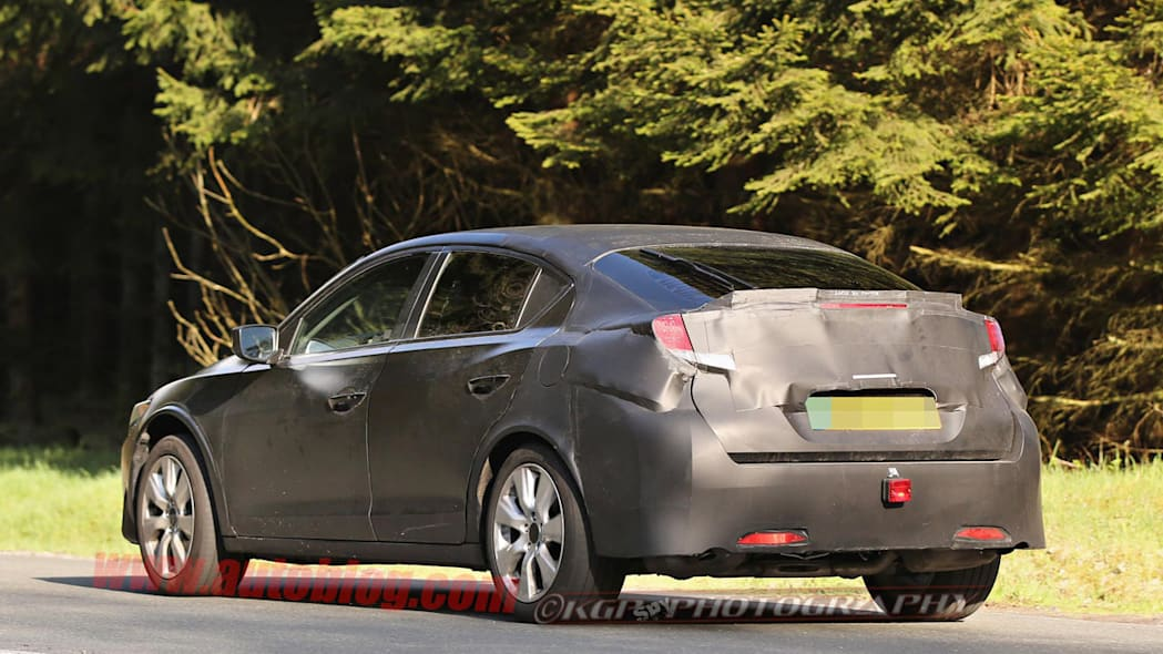 black honda civic five-door rear camouflage