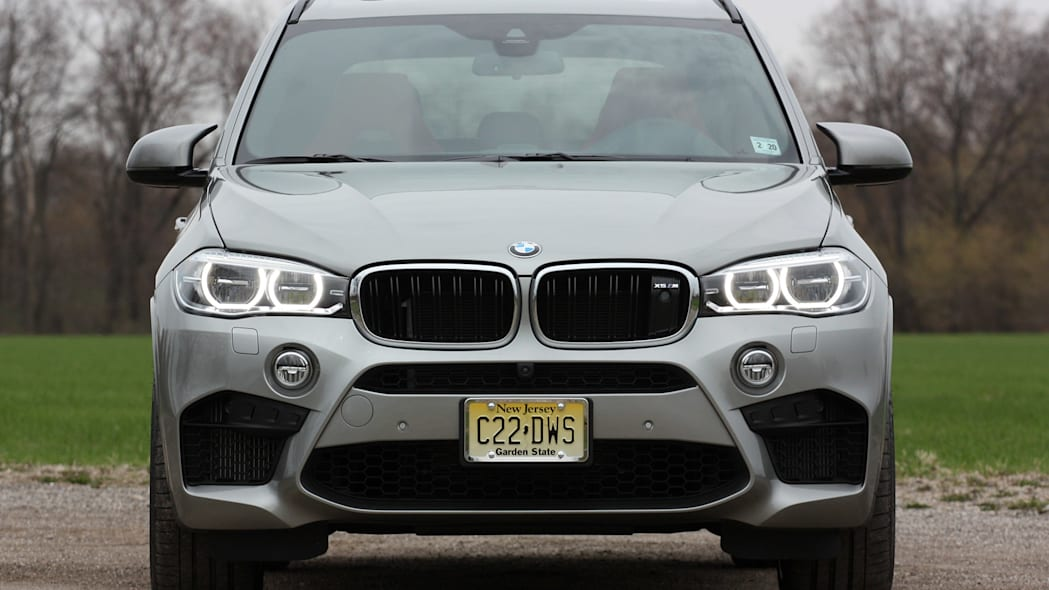 2015 BMW X5 M front view