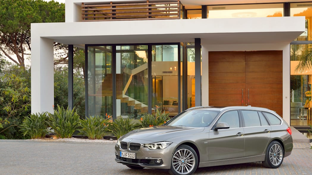 beige 2016 bmw 3 series wagon refresh profile
