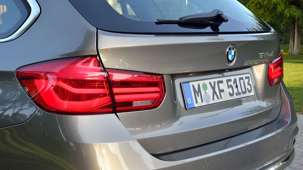 beige 2016 bmw 3 series wagon refresh taillight detail
