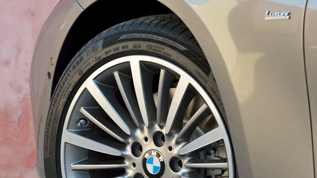 beige 2016 bmw 3 series wagon refresh wheels