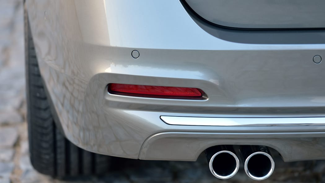 beige 2016 bmw 3 series wagon refresh exhaust detail