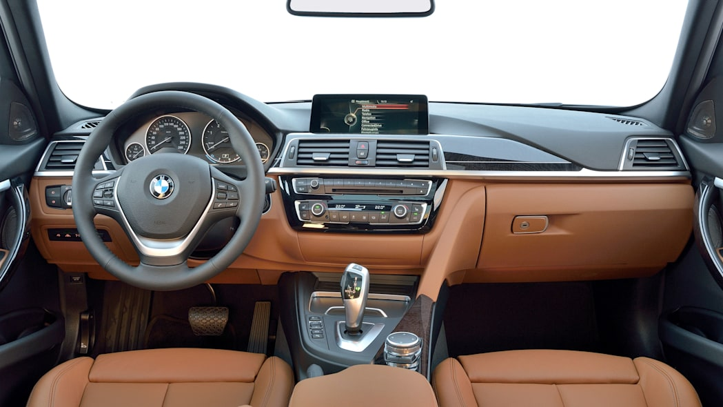 2016 bmw 3 series wagon refresh interior dashboard