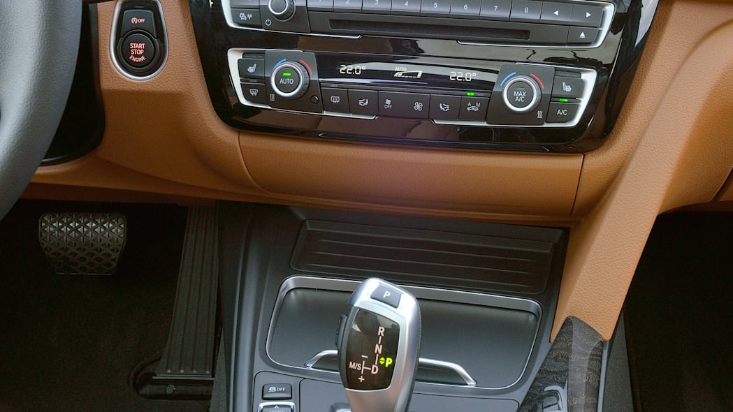 2016 bmw 3 series wagon refresh interior center stack
