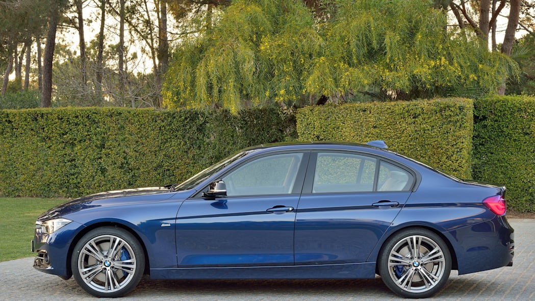 blue 2016 bmw 3 series refresh full profile