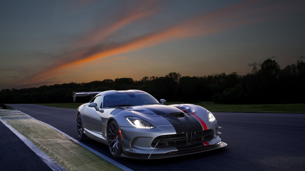 dodge viper acr sunset track