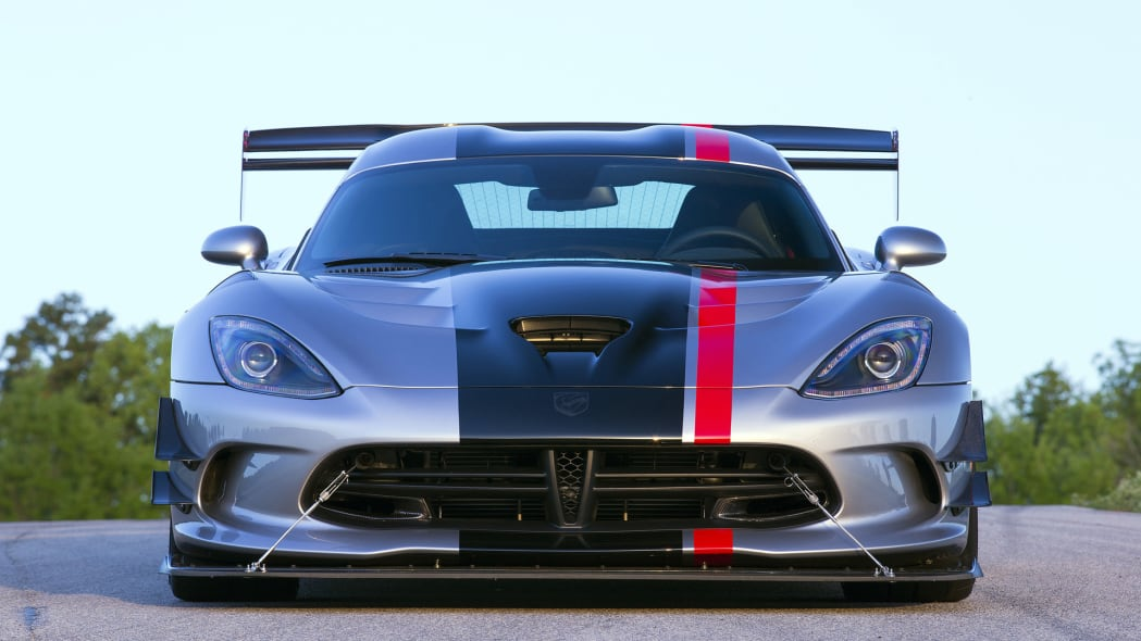 still head on action dodge viper