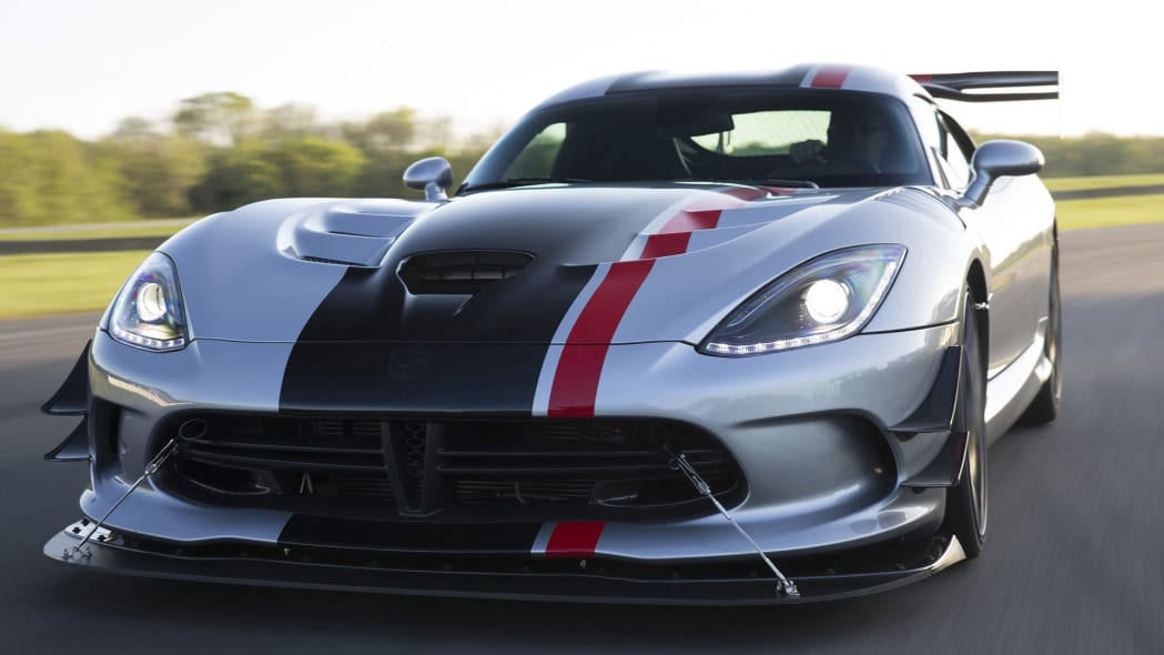 acr dodge action viper 2016