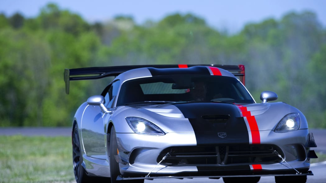 acr dodge viper action turn track
