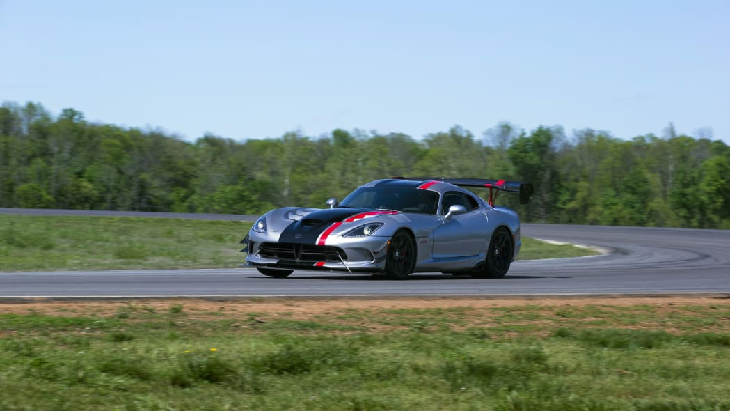 turn action viper dodge acr