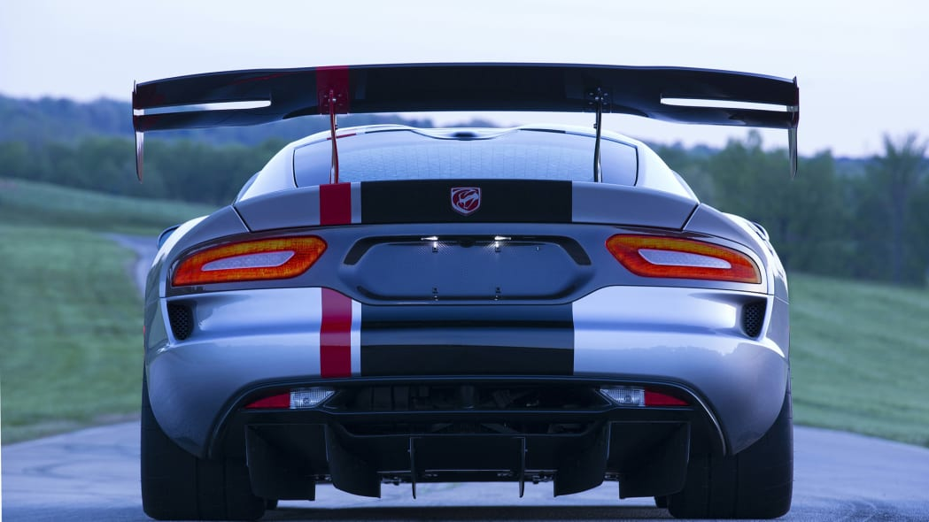 still dodge wing acr viper 2016