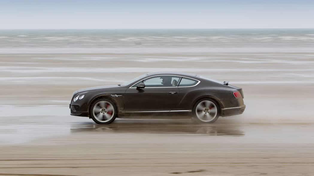 Bentley Continental GT Speed sets Flying Mile record in Wales