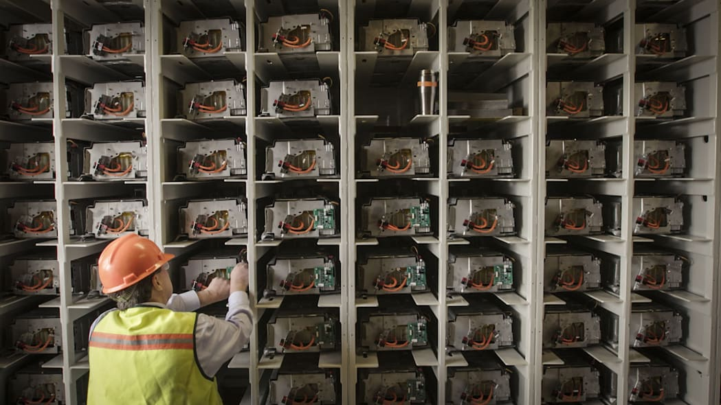 toyota camry hybrid recycled batteries