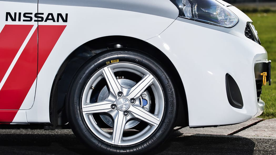 2015 Nissan Micra Cup wheel