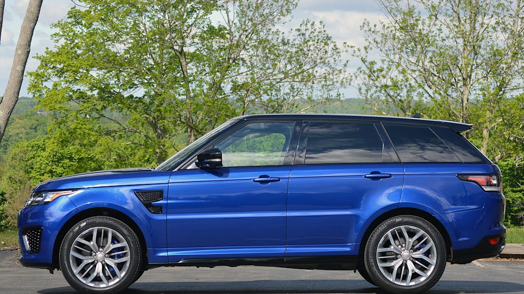 2015 Land Rover Range Rover Sport SVR side view