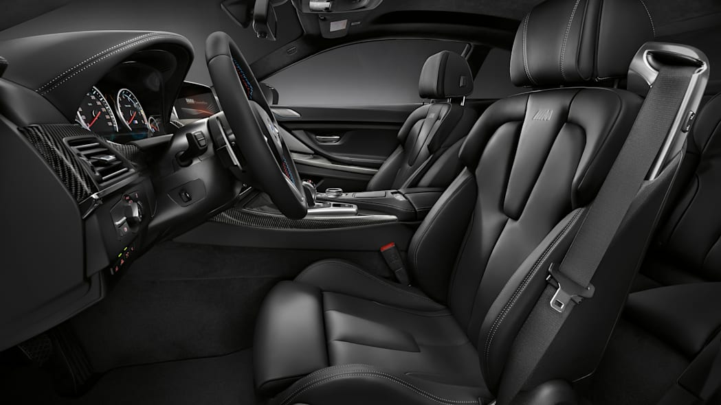 2016 BMW M6 with Competition Package interior seats
