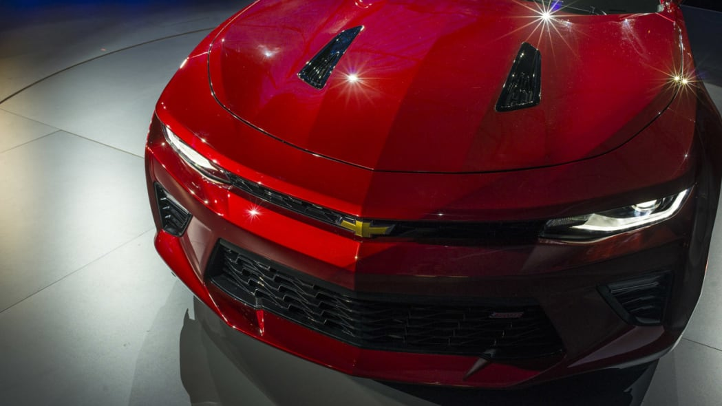 2016 chevy camaro red new hood