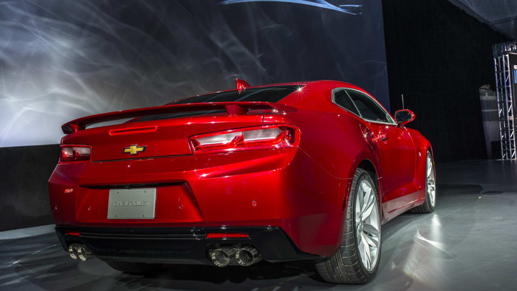 2016 chevy camaro taillights redesign