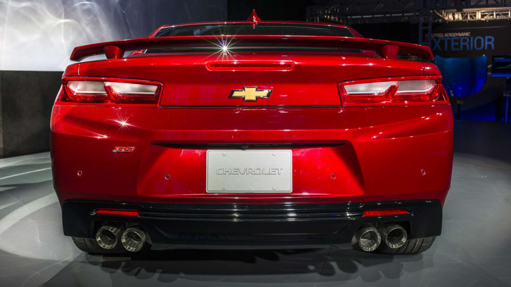2016 chevy camaro taillights straight on