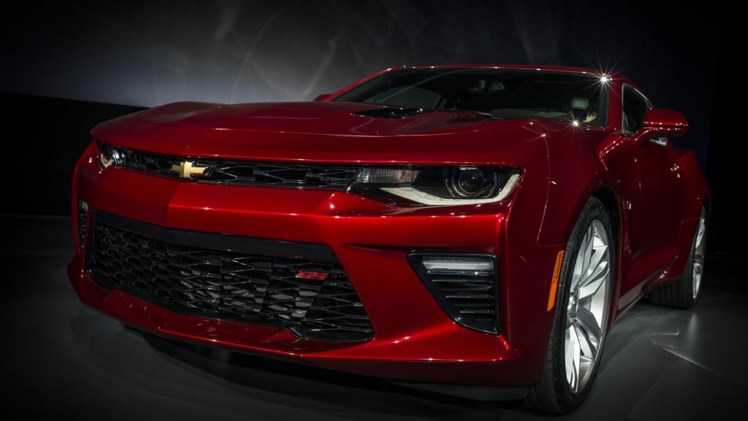 2016 chevy camaro dark