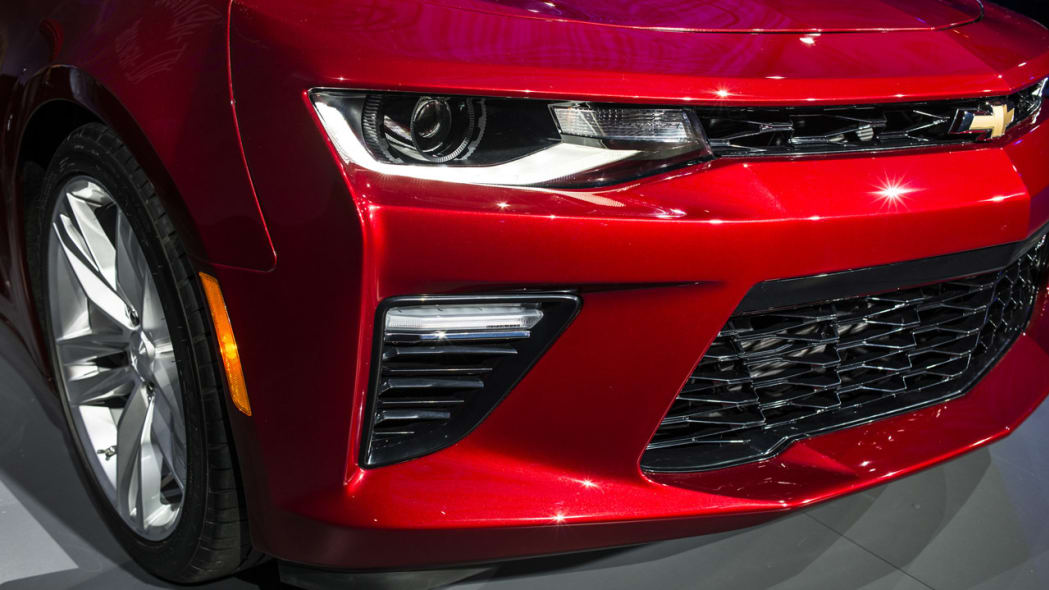 2016 chevy camaro red headlights vents