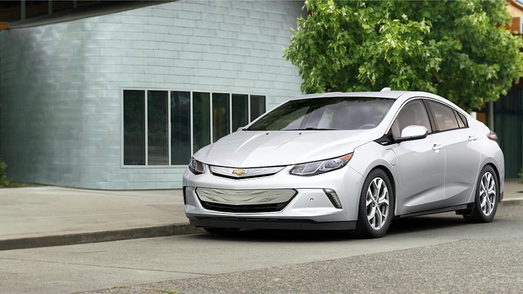 2016 Chevy Volt in Iridescent Pearl Tricoat