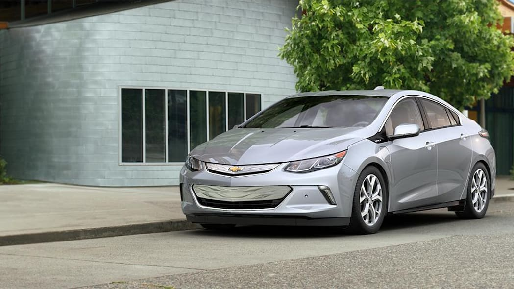2016 Chevy Volt in Silver Ice Metallic