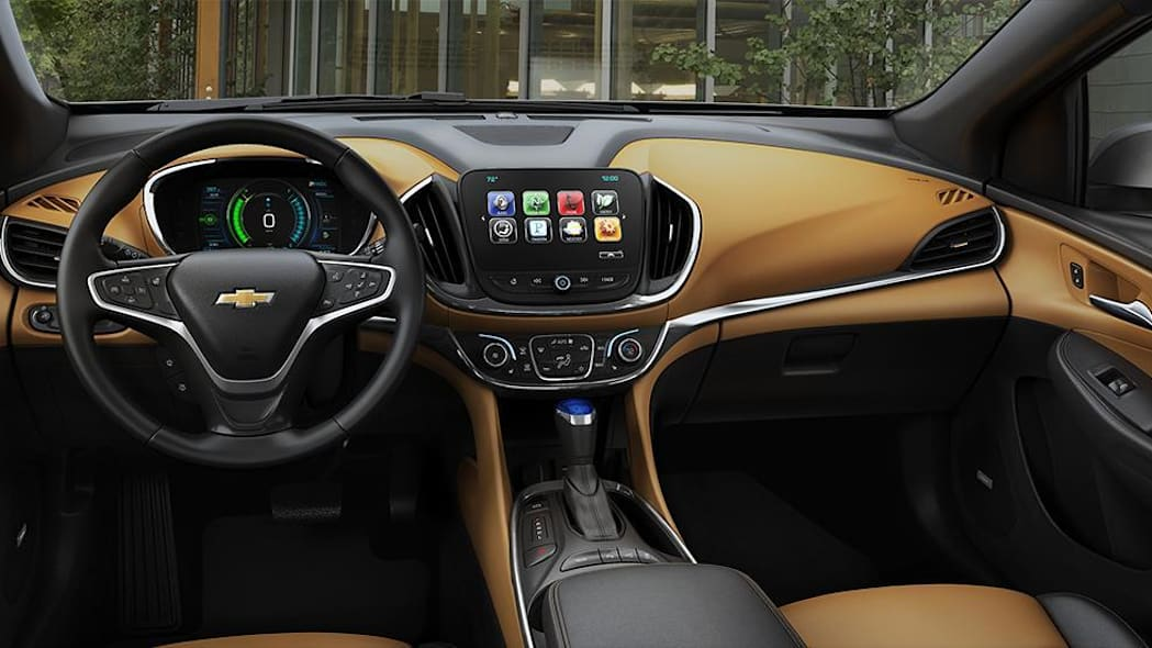 2016 Chevy Volt interior with Jet Black/Brandy Leather