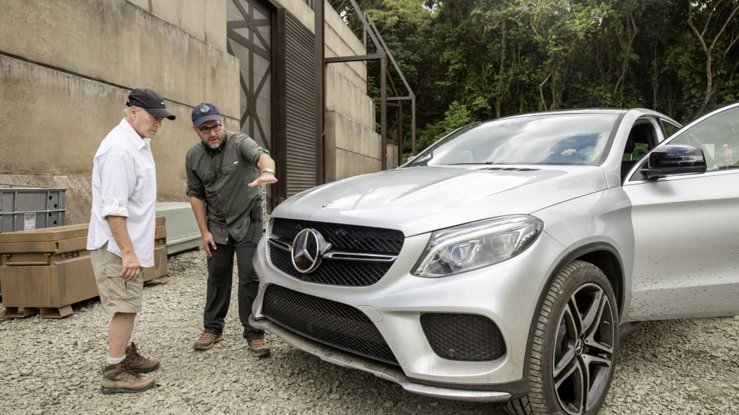 mercedes gle-class coupe shooting for jurassic world